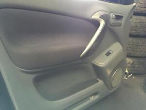 Toyota RAV4 Left Front Window Regulator ACA21 07/2000-10/2005