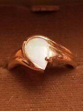 New! Pretty 10 KT Gold Teardrop Shaped White Opal Ring Women's Size 6.5