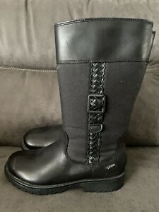 Clarks Boots Size 13F Never Worn