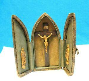ANTIQUE RELIGIOUS TRAVEL ALTAR POCKET SHRINE TRIPTYCH LEATHER CASE