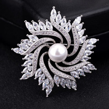 Brooch Pins Wedding Bridal Jewelry Silver Bouquet Crystal Rotating Pearl Flower