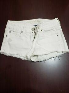 American Eagle White Denim Distressed Stretch Shorts - Women's Size 4 - EUC