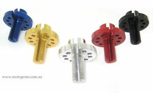 Clutch cable adjuster suits Daytona 675. (NOT 675R)