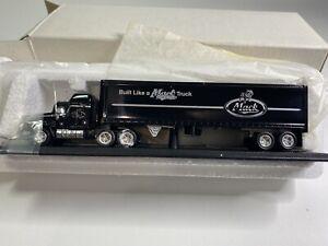 """Matchbox Ultra collectibles rare Mack CH-600  """"Built Like A Mack Truck"""""""