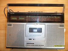 Alter Radio Kassetten - Universum CTR 2388   4 Band Stereo Radio Recorder