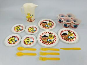 Vintage Sesame Street Chilton Plastic Play Dishes Set Bert Ernie Big Bird