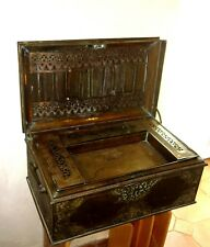 Ancien coffre en laiton bronze boite XVIII XIX ème Antic brass box à identifier