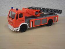 """Herpa - """"Feuerwehr Stuttgart"""" Mercedes-Benz Metz Drehleiter DLK-SE 23/12 - 1:87"""