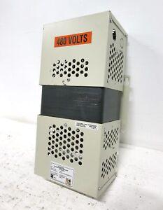 SOLA MCR 63-23-210-8 1000VA Mini/Micro Computer Regulator Power Conditioner