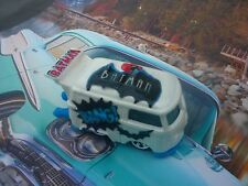 HOT WHEELS CUSTOM VW BUS KOMBI BATMAN (PAINT PEARL WHITE )