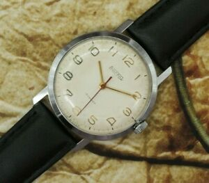 Soviet Vintage Watch Vostok 2209 18J USSR Vintage Retro Mechanical Dress Watch
