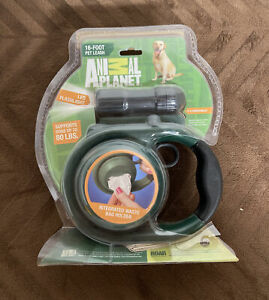 NEW Animal Planet 16 Foot Retractable Pet Leash LED Flashlight up to 80 Lbs