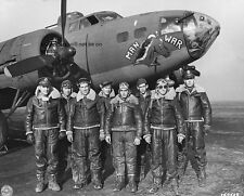 """Crew of the Boeing B-17 Fortress Man-O-War 8""""x 10"""" World War II Photo Picture 34"""