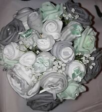 Beautiful Neutral Unisex Boy Girl Baby Clothing Bouquet baby shower gift Basket