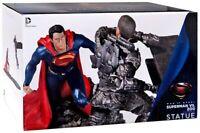 Man Of Steel - Superman Vs. Zod 1/12 Scale Statue NEW IN BOX (Damaged Box)
