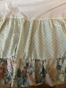 Laura Ashley Dust Ruffle