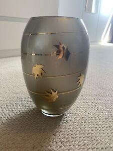 Gold Leaf Pattern Vase