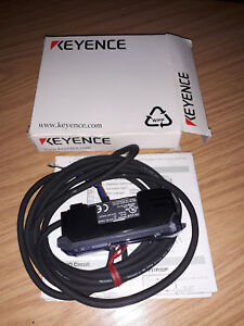 NEW Keyence FS-V31P Fiber Amplifier Cable Type, Main Unit, PNP 12-24V DC Class 2