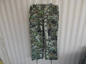 MOSSY OAK Women's Camo Cargo Hunting Pants ~ size L ~ Never Worn
