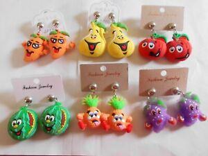 Ohrringe aus Gummi mit lustigen Obst Tomate Birne Karotte usw. Gesichtern 3853