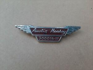 AUSTIN-HEALEY 3000 MK3 (BJ8) Front Emblem