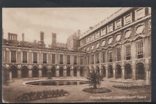 Middlesex Postcard - Fountain Court, Hampton Court Palace  RS6707