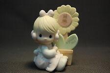 Precious Moments 1987 Collectors Club A Growing Love Figurine E-0008