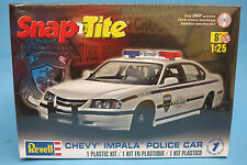 Revell 1/25 SnapTite 2005 Chevy Impala Police Car  Plastic Model Kit 851928