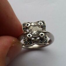 9ct Gold Cubic zirconia Ring size N