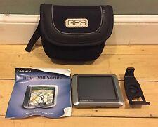 Garmin nüvi 200 GPS with Moblie bag and extra clip