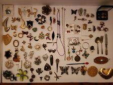 Chains, Barrettes, Belt Buckles,. Brooches, Pins, Clips, Cufflinks, Key