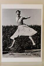 Audrey Hepburn, 1955 by Philippe Halsman, arte-postal