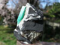 Minerali *** PREZIOSO SMERALDO VERDE su MATRICE Colombia 2 CM