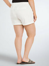 Torrid Linen Shorts White Ivory Lightweight Size 3 AKA 3X 22 24 #56584