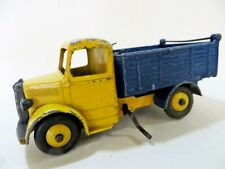 DINKY 410 'BEDFORD TIPPER TRUCK/LORRY' YELLOW/DARK BLUE. HARD TO FIND. RARE.