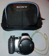 Sony Cyber-shot DSC-H2 6.0MP Camera - Silver- 12x Optical Zoom w/case