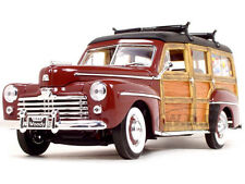 1948 FORD WOODY W/SURFBOARD BURGUNDY 1:18 DIECAST MODEL BY ROAD SIGNATURE 20028