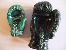 Gants de boxe , vide poche céramique , signé G Fiévet , artisan potier Chatelais