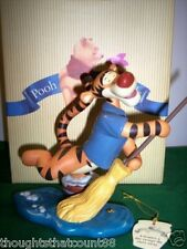 Pooh & Friends Figurine - Tigger w/broom SWEEPS *NIB * FREE USA SHIPPING