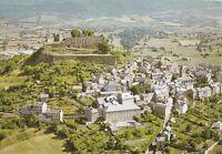 SEVERAC-LE-CHATEAU la vieille ville dominée par les ruines du château écrite