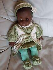 Puppe - Farbig -  mit  Kleidung - 42 cm  zum Liebhaben ! Keine Macken !