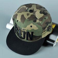 Camo Snapback Cap Retro-Style Camouflage-Details Unisex-One Size Grün Schwarz
