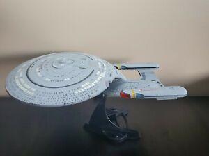 RARE USS ENTERPRISE D ( NCC-1701 D )STAR TREK NEXT GENERATION by DIAMOND SELECT