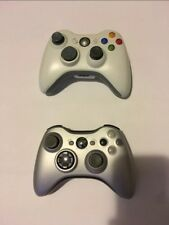 2 Xbox 360 contollers