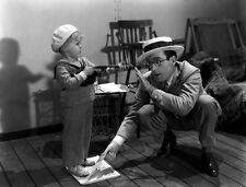 Harold Lloyd and Buster Phelps UNSIGNED photo - D2357 - Feet First
