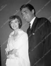 8b20-13972 candid David Hedison out with his wife 8b20-13972