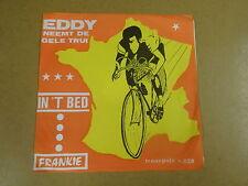 45T SINGLE WIELRENNEN CYCLISME CYCLING / EDDY MERCKX NEEMT DE GELE TRUI