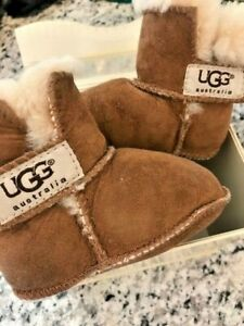 UGG Australia 5202 Infant's Erin Medium BRAND NEW IN BOX Chestnut color Size M