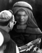 JACQUELINE KENNEDY AT THE FUNERAL OF JOHN F. KENNEDY - 8X10 PHOTO (AZ808)