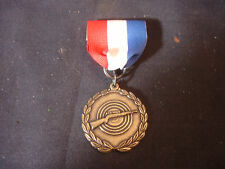 Old Vtg Collectible Rifle Gun Metal Military Badge Gold Tone Red White Blue